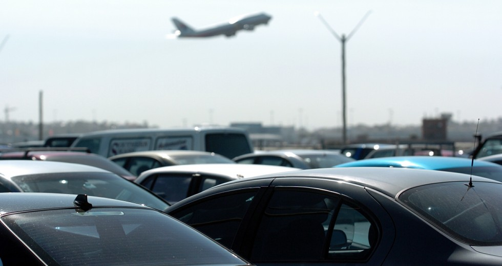 What Are the Services Provided By Car Parks on Airport?