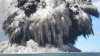 Volcanic Ash Grounds Heathrow, Gatwick Flights in Britain